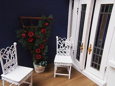 Doll's House 1/12 Hand Made Climbing Rose on Trellis