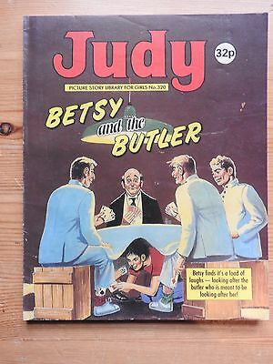 Judy Picture Story Library #320 - Betsy and the Butler  VG+