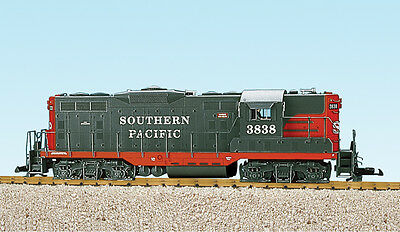 USA Trains G Scale GP7-9 Diesel Locomotive R22111 Southern Pacific