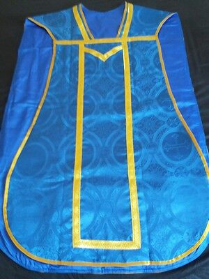 *OFFERS WELCOME* Low Mass Set. Vestments. Roman Chasuble