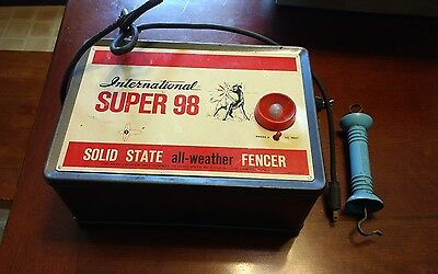 International Super 98 Solid State Electric Fencer Farm Ranch Fence