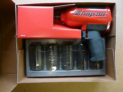 Snap on 1/2  inch air impact wrench and axle nut sockets MG725 New latest model