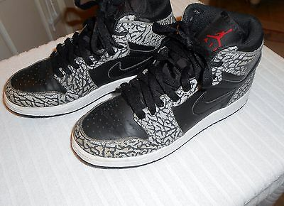Boys Size 4.5 Y Nike Air Jordan 1 Retro Hi Black Grey Elephant Print 838850-013