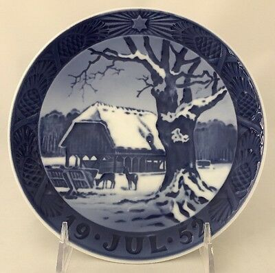 "1952 Royal Copenhagen Christmas Plate ""Christmas in the Forest"""