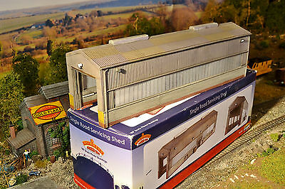 Bachmann SCENECRAFT - 44-126 - SINGLE ROAD SERVICING SHED -BOXED-RARE