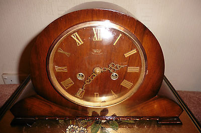 Fine Example Of A Smiths Enfield Art Deco Striking Mantle Clock ( Working )