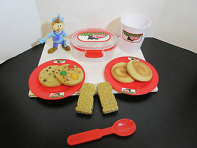 Keebler Elf Figure Pretend Play Plastic Cup/Dishes Rare BUCKETS ERNIE COOKIES +