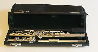 Pearl PF 525 flute with solid silver lip plate