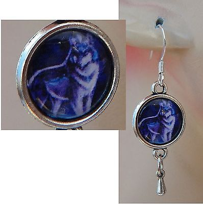 Wolf Charm Drop/Dangle Earrings Handmade Jewelry Hook Silver NEW Fashion