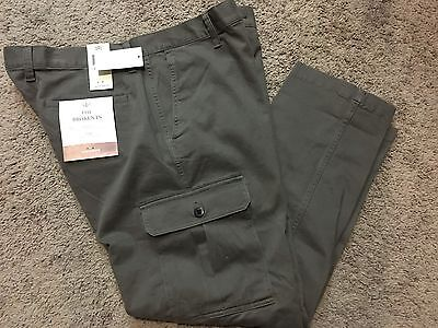 """NWT Men's Dockers """"The Broken In"""" Athletic Fit Stretch Cargo Pants 34X30 MSRP$58"""