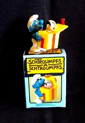 Smurf Schlumpf Schtroumpf ~ Jokey w/Gargamel head in surprise box ~ Peyo ~ 1982