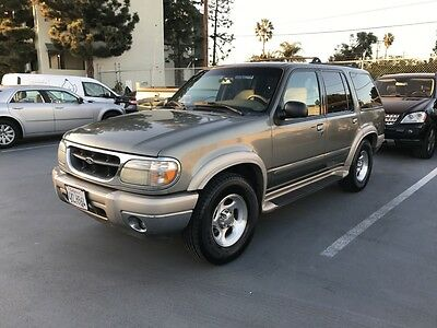 2000 Ford Explorer Eddie Bauer 2000 Ford Explorer, Eddie Bauer Edition, Smooth Ride, Great Condition In & Out