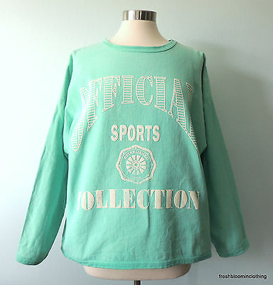 Vtg 90's oversized M Sweatshirt Mint Offical Sports Collection by Sycamore