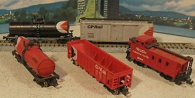 N Scale 5 CP Freight Cars inc Caboose............Scroll Down