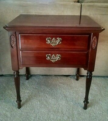 ETHAN ALLEN Georgian Court Cherry High Leg Lamp End Table Night Stand 205