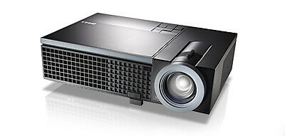 Dell 1510X DLP XGA Projector in great condition (only 991 lamp hours used)
