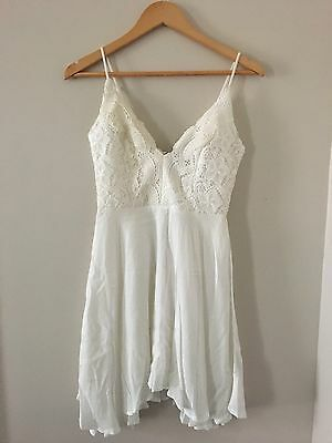 BNWT ALLY White Lace Formal Party Dress Women's Size 8