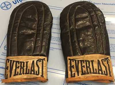 Bruce Lee Owned and Used Everlast boxing gloves Steve McQueen James Coburn COA