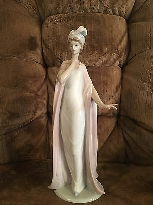 "Lladro "" Breathless"" Lady In Dress Figurine"