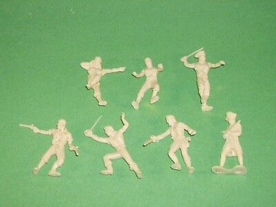 Glencoe Set Of 16 1/32nd Scale Plastic Pirates Figures Ieal Recasts Boxed NEW!