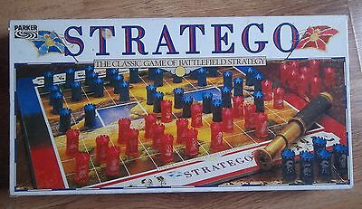 STRATEGO THE CLASSIC GAME OF BATTLEFIELD STRATEGY by PARKER