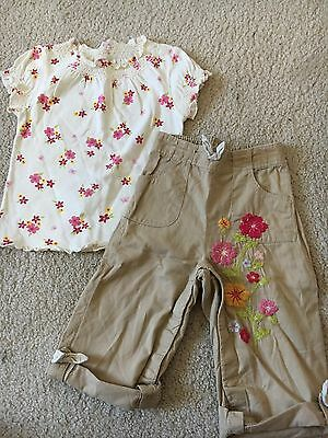 Infant/toddler Baby Gap Flower Shirt And khaki Pants outfit set Size 18-24m