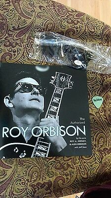 Promo The authorized Roy Orbison By his sons + promo glasses and guitar pick
