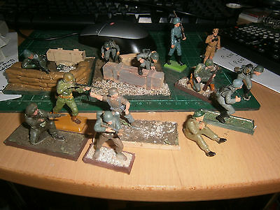 Britains  deetail  Toy Soldiers plus others