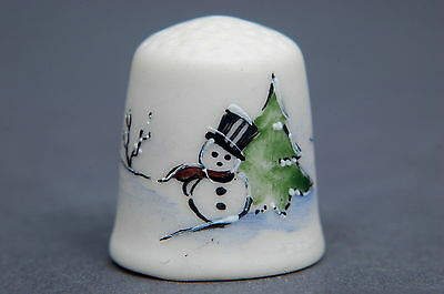 American Bisque Christmas Scene Signed Thimble B/64