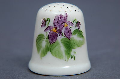 American Bisque Iris Signed & Dated 1978 Thimble B/64