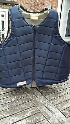 racesafe RS2010 body protector short back size large