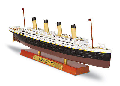 Atlas Editions RMS TITANIC BOXED WITH CERTIFICATE