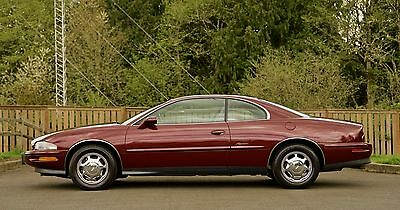 1997 Buick Riviera Luxury Coupe 2-Door 1997 Buick Riviera Roadmaster Cadillac Oldsmobile Lincoln 2 Door Coupe 4dr