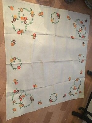 Vintage  Irish Linen Hand Embroidery  Flowers Tablecloth 33/31