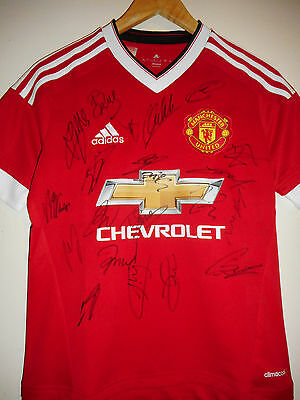 Man Utd signed football shirt by 2015-16 superstar squad inc COA