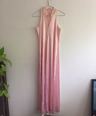 Vintage 70s Diamond Cut Lingerie Pink Nylon Dramatic Full-length Nightgown