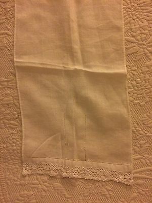 Swedish Linens Antique Ivory Lace Edge Guest Towel Lovely Delicate Quality