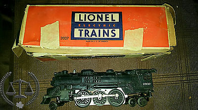 LIONEL ELECTRIC TRAIN SET 1950's - WORKING SET - TRAINS, TRACKS, MANUALS, SIGNS
