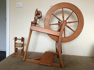 Ashford wool spinning wheel wooden with accessories