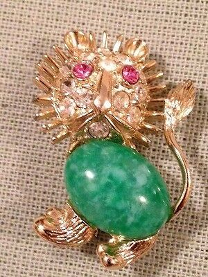 Vintage Lion Green Speckled Jade Glass Belly Gold Tone Rhinestones Pin Brooch