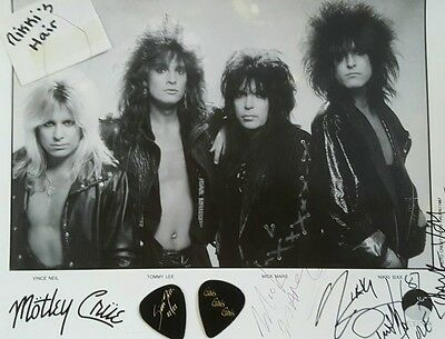 Motley Crue autographed photo from concert-Nikki Six strand of hair included