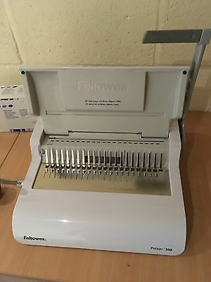 Fellowes Pulsar 300 Small Office Manual Comb Binding Machine and Combs