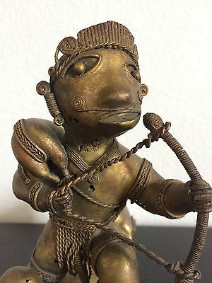 COLOMBIAN GOLD COPPER TUMBAGA - Rare Old - Hunter with prey on his back