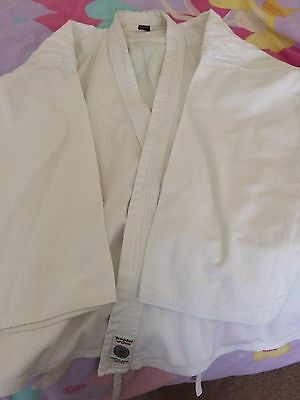 Adult white Karate/Aikido Suit (size 5/180cm)