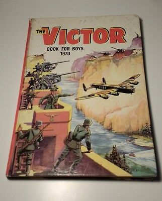 DC Thomson - The Victor Book for Boys Annual - 1970 - No 7