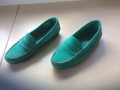 ladies flat moccasin shoes size 6 (39) green