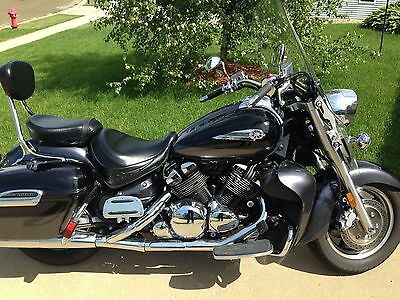 2005 Yamaha Royal Star Tour Delux  2005 Yamaha ROYAL STAR TOUR DELUXE 3,200 LOW MILES !!!!!
