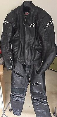 Alpinestars 2 Piece Leather Motor Cycle Suit. Excellent Condition