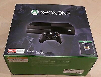 XBOX ONE + Controller + 3 Games + Headset + Cables + Original Box