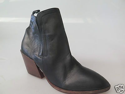 Sale Price - Top End - new ladies leather ankle boot size 37 #23